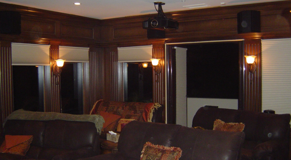 LagunaNiguel2008-theater-projector-mounted-speakers